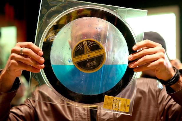 Video Unboxing Jack White S Liquid Filled Vinyl Record