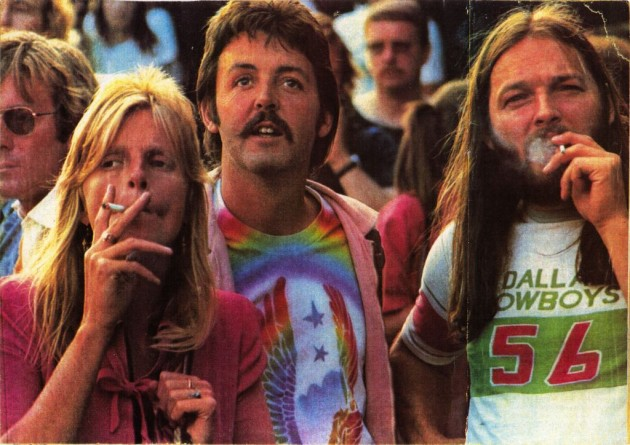 Behind The Photo Paul Linda McCartney Enjoy A Concert And Joint