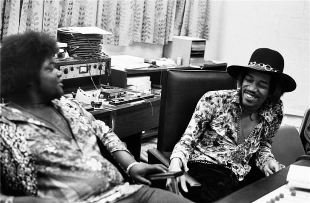 Happy 70th Birthday Jimi Hendrix See 13 Rare Photos Of
