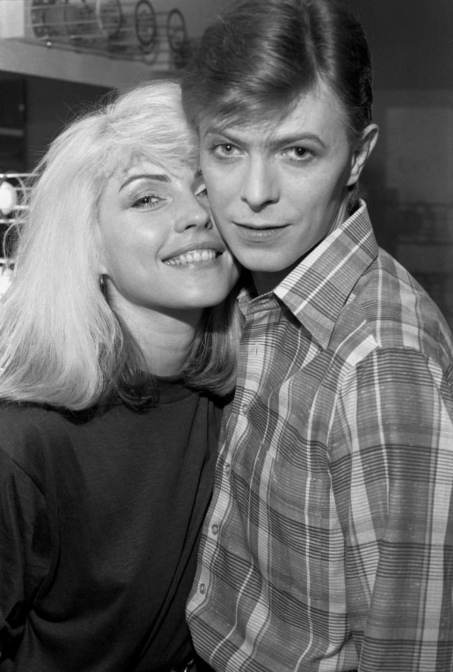 Debbie Harry and David Bowie backstage during Iggy Pop's 'The Idiot' tour - 1977